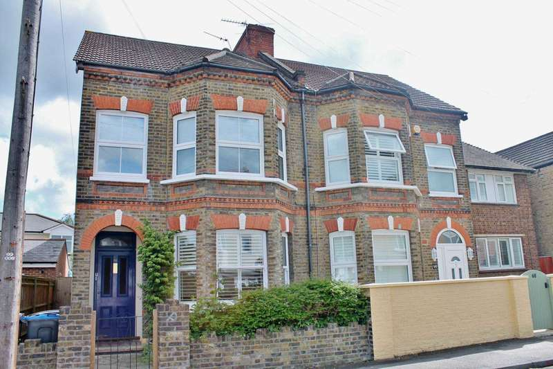 3 Bedrooms Flat for sale in Cambridge Road, New Malden