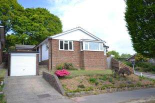 3 Bedrooms Bungalow for sale in Rydal Drive, Tunbridge Wells, Kent, .