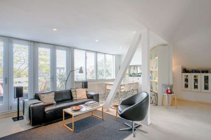 1 Bedroom Flat for sale in Fairlawn Grove, Chiswick