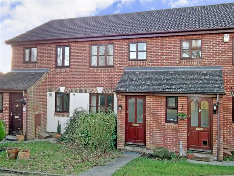 2 Bedrooms Terraced House for sale in Alpine Road, Redhill, Surrey