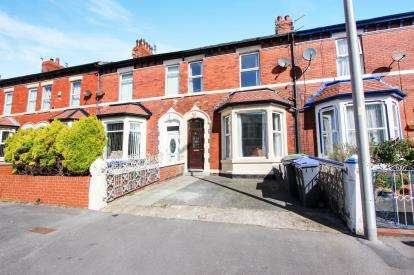 4 Bedrooms Terraced House for sale in Clevedon Road, Blackpool, Lancashire, FY1