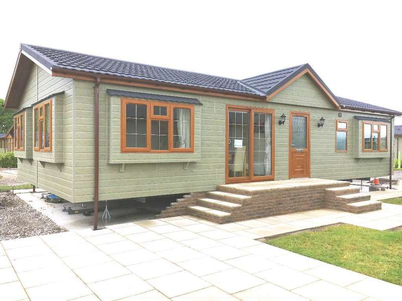 2 Bedrooms Park Home Mobile Home for sale in AF1019, Garstang, Lancashire, PR3 1PW