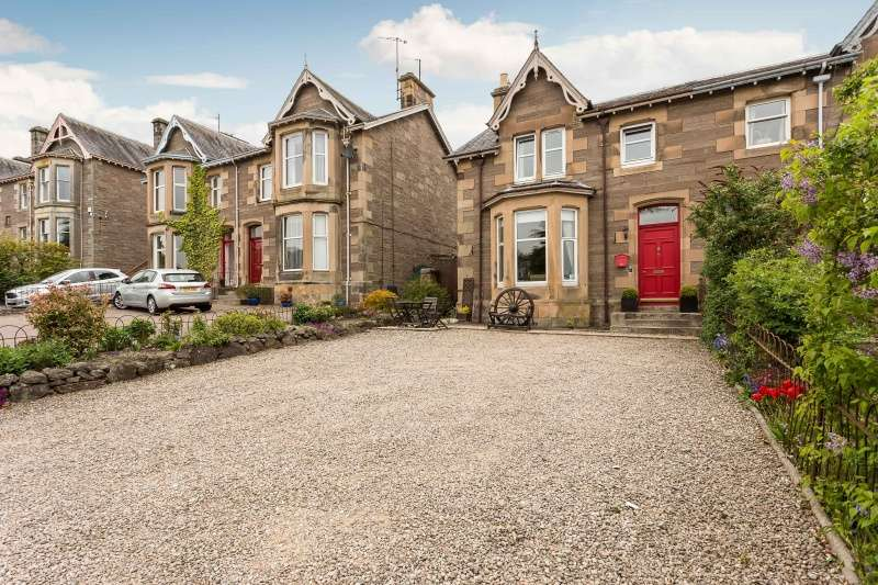 5 Bedrooms Semi Detached House for sale in Glasgow Road, Perth, PH2 0PQ