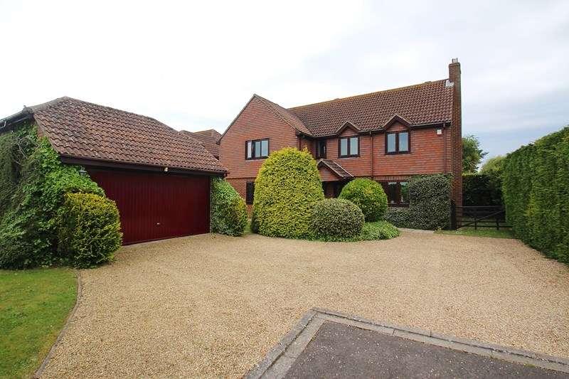 5 Bedrooms Detached House for sale in Stroud Green Lane, Stubbington