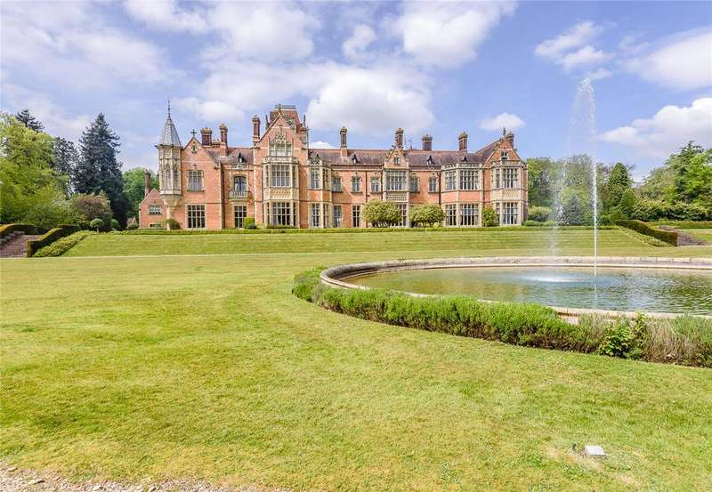4 Bedrooms Flat for sale in Wyfold Court, Kingwood, Henley-on-Thames, Oxfordshire, RG9