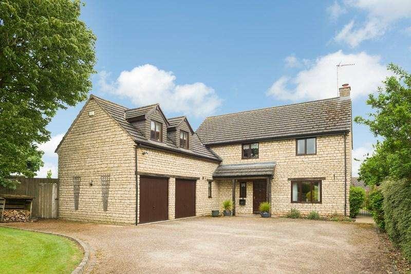 5 Bedrooms Detached House for sale in Brackley Road, Croughton, Brackley