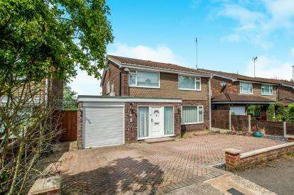 3 Bedrooms Detached House for sale in Wootton Drive, Hemel Hempstead, Hertfordshire