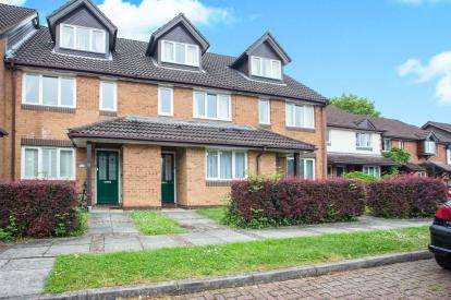 1 Bedroom Maisonette Flat for sale in Melrose Place, Watford, Hertfordshire