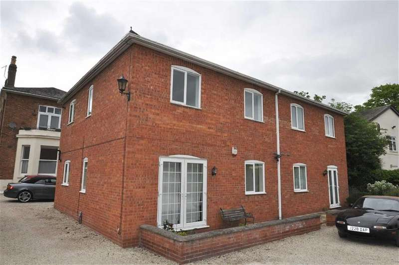 1 Bedroom Flat for sale in Willes Road, Leamington Spa