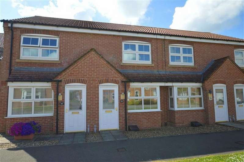2 Bedrooms Property for sale in Ashcourt Drive, Hornsea, East Yorkshire