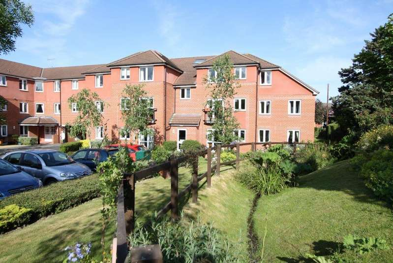 1 Bedroom Ground Flat for sale in Berryfield Court, Hedge End SO30