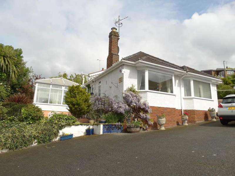 2 Bedrooms Detached Bungalow for sale in 7 Parc Cambria, Old Colwyn, LL29 9AJ