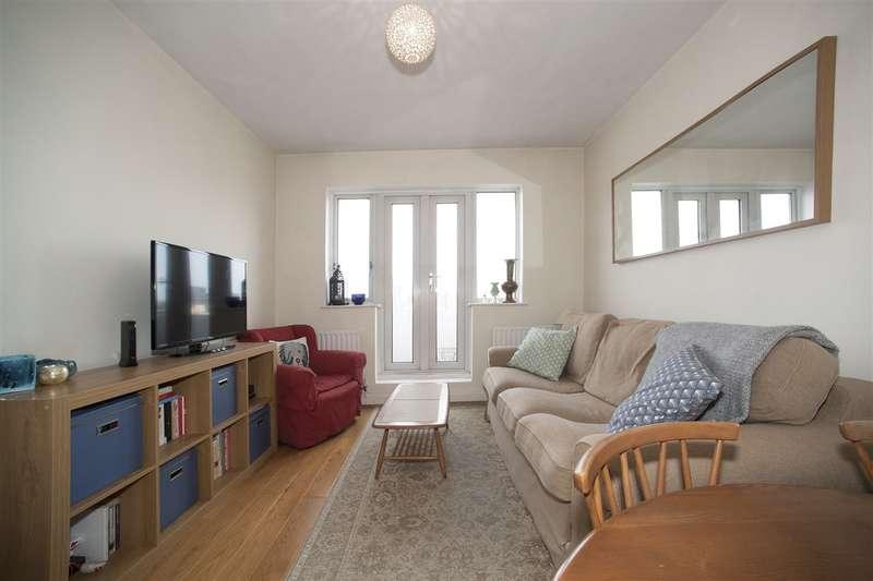 2 Bedrooms Flat for sale in Melville Court, Shepherd's Bush