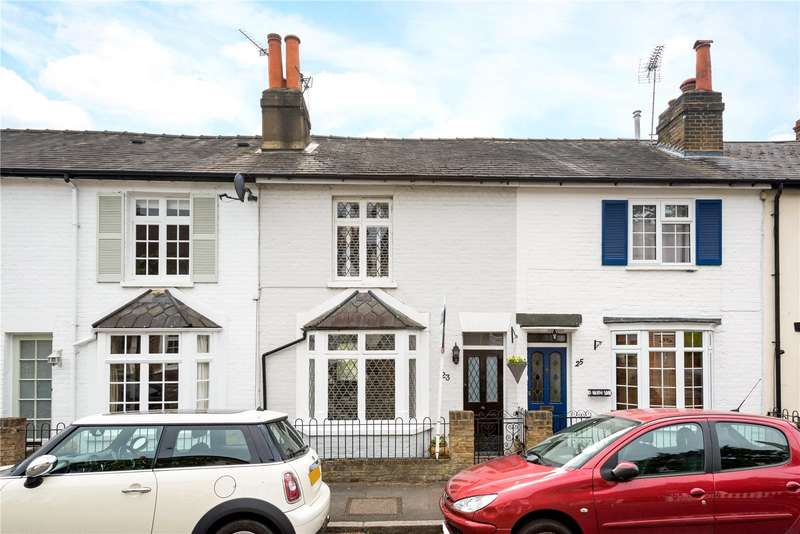 2 Bedrooms Terraced House for sale in Park Road, Esher, Surrey, KT10
