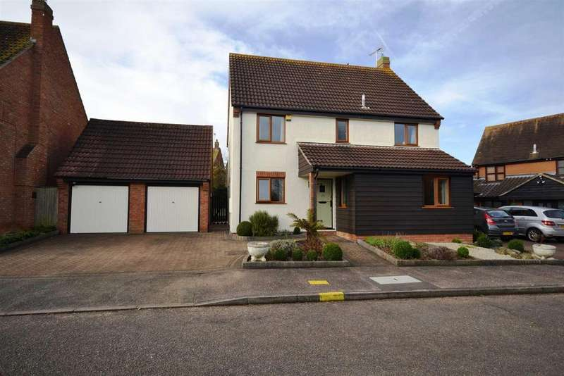 4 Bedrooms Detached House for sale in Cornwallis Drive, South Woodham Ferrers