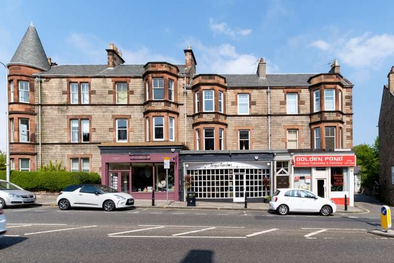 2 Bedrooms Flat for sale in Seaforth Terrace, Blackhall, Edinburgh, EH4 2BS