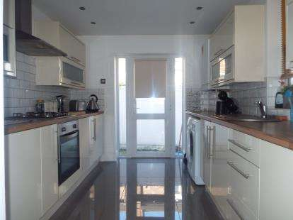 3 Bedrooms Terraced House for sale in Bankburn Road, Tuebrook, Liverpool, Merseyside, L13