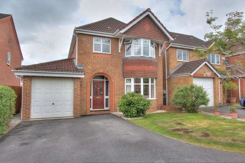 3 Bedrooms Detached House for sale in Merlin Way, Knightwood Park, Chandlers Ford