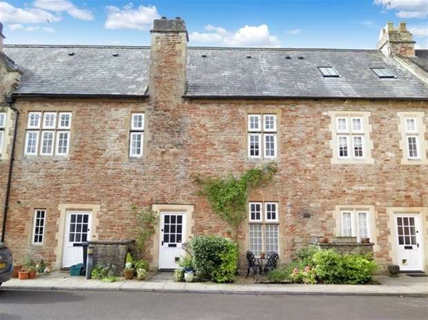 3 Bedrooms Terraced House for sale in West Court, South Horrington Village, Wells