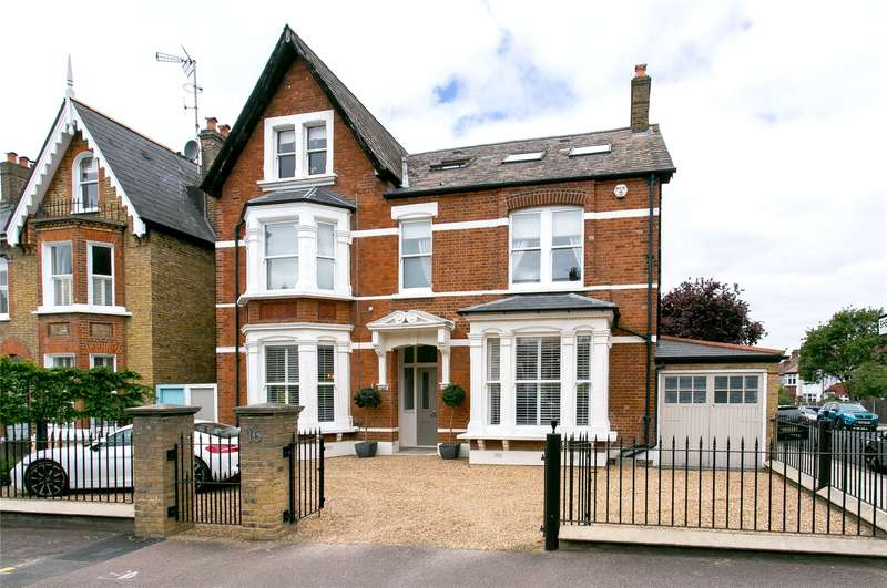 7 Bedrooms Detached House for sale in Mundania Road, London, SE22