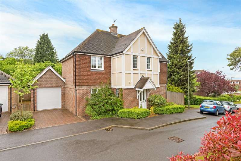4 Bedrooms Detached House for sale in Whitebeam Close, Epsom, Surrey, KT17