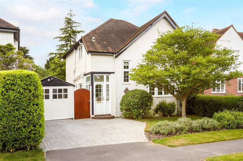 3 Bedrooms Detached House for sale in Lower Hill Road, Epsom, Surrey, KT19