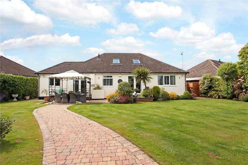 3 Bedrooms Detached Bungalow for sale in Manor Grove, Fifield, Berkshire, SL6