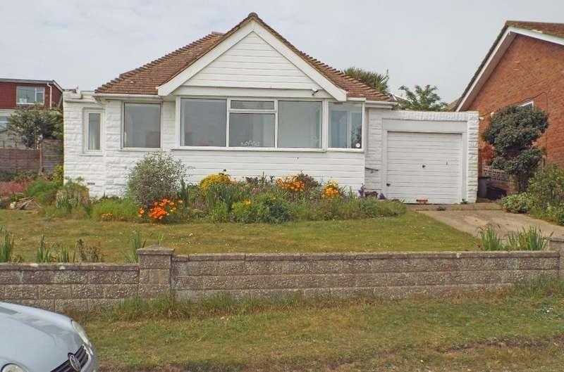 2 Bedrooms Bungalow for sale in Findon Avenue Saltdean East Sussex BN2