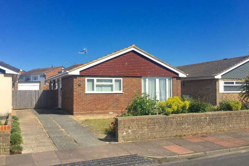 2 Bedrooms Detached Bungalow for sale in Raleigh Close, Eastbourne, BN23