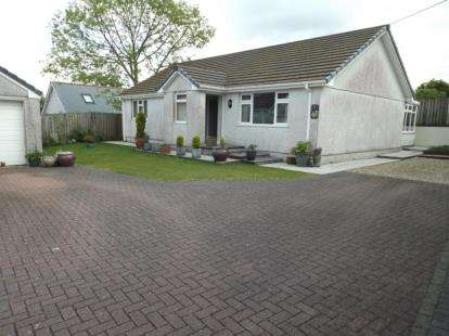 3 Bedrooms Bungalow for sale in Hallaze Road, St. Austell