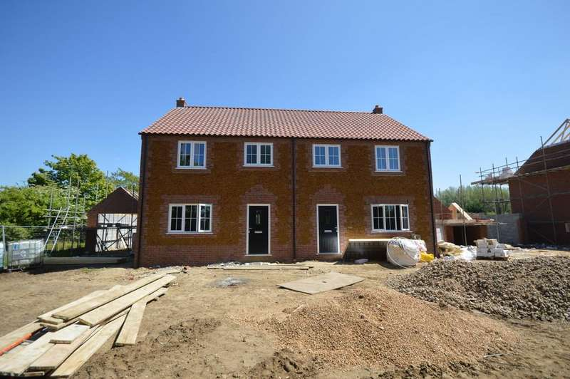 3 Bedrooms Semi Detached House for sale in Plot 2, Station Road, East Winch