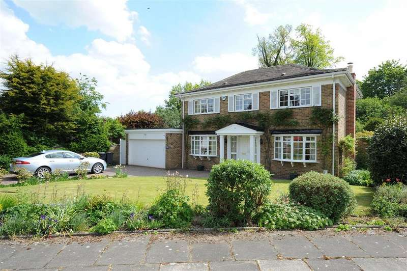 3 Bedrooms Detached House for sale in Upsall Drive, Darlington