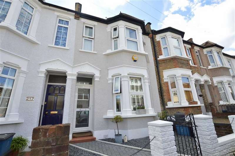 2 Bedrooms Property for sale in Prospect Road, Woodford Green