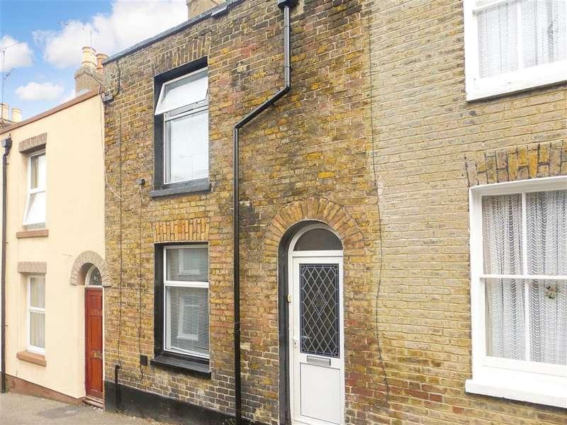 2 Bedrooms Terraced House for sale in Alexandra Road, Ramsgate, Kent