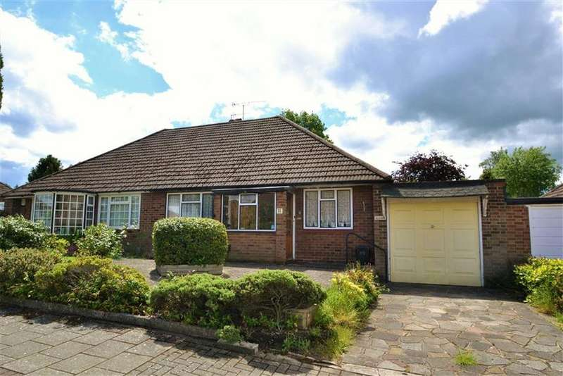 2 Bedrooms Semi Detached Bungalow for sale in Greenfield Gardens, Orpington, Kent
