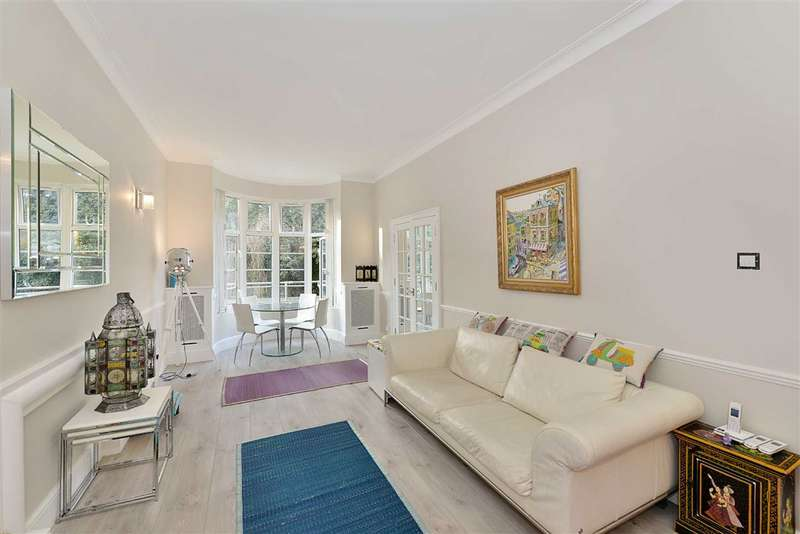 1 Bedroom Flat for sale in William Court, London, NW8