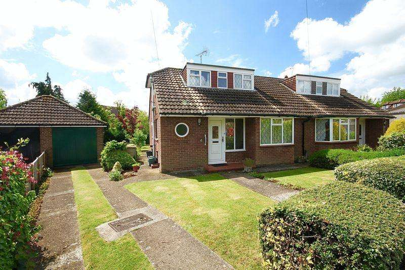 3 Bedrooms Semi Detached House for sale in Pipers Close, Redbourn