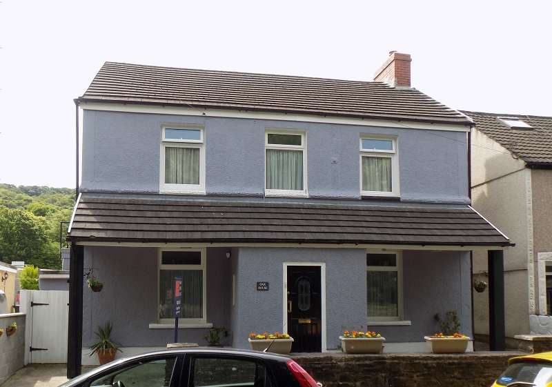 4 Bedrooms Detached House for sale in Oak House, Henfaes Road, Tonna, Neath, Neath Port Talbot. SA11