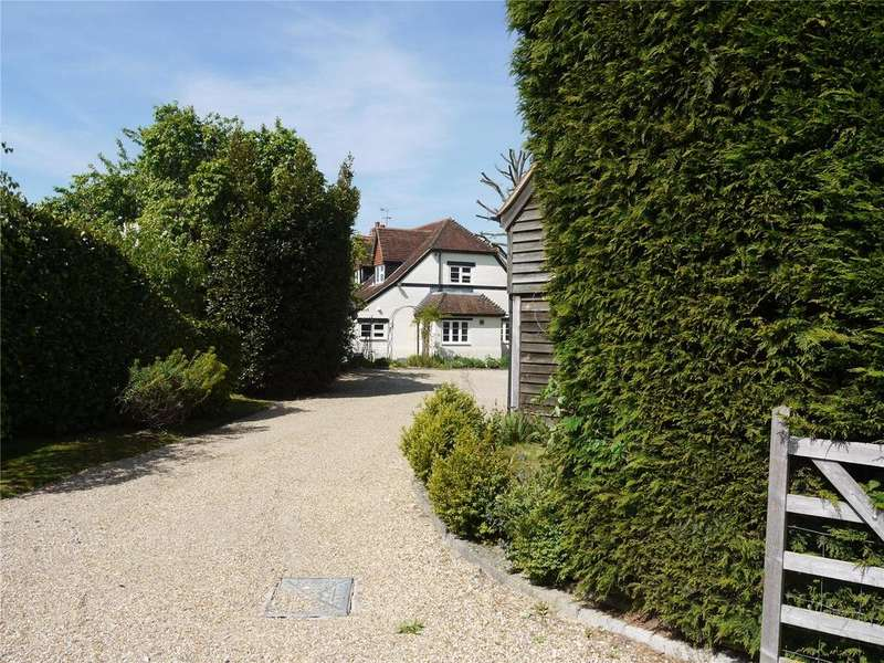 3 Bedrooms Detached House for sale in Rectory Lane, Bentley, Farnham, Surrey, GU10