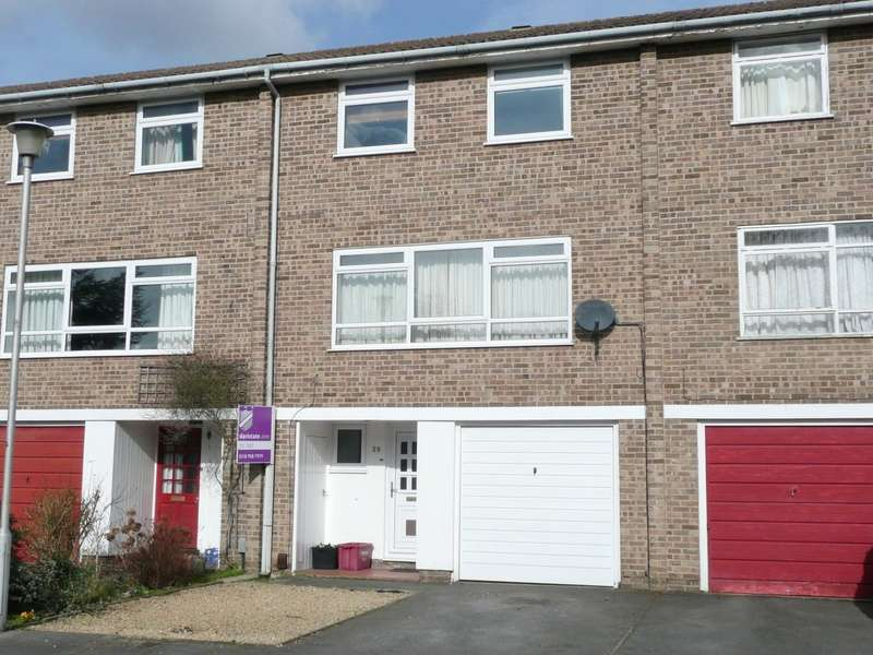 4 Bedrooms Terraced House for rent in Portway Close, Reading, RG1