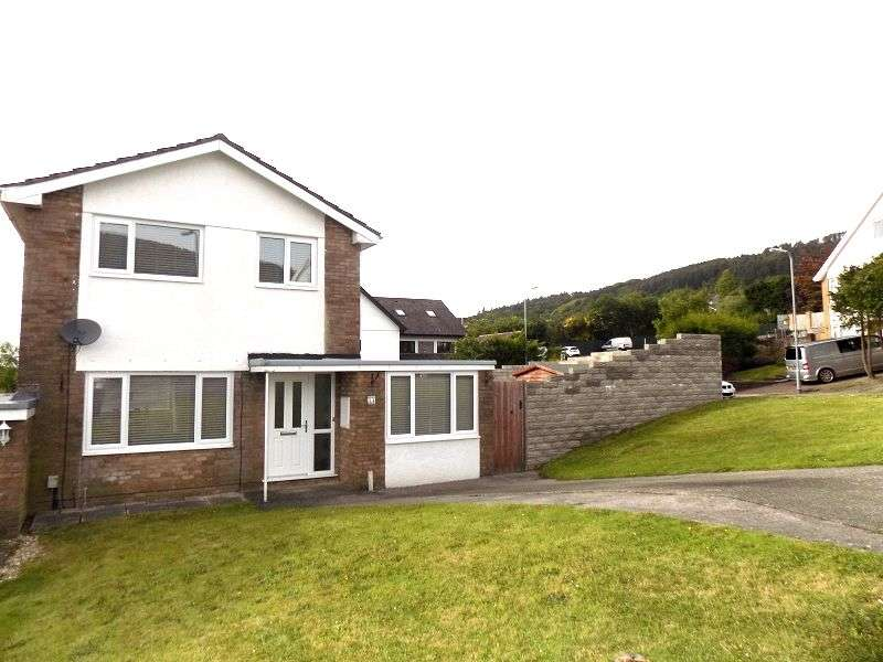 3 Bedrooms Detached House for sale in St. Illtyds Close, Baglan, Port Talbot, Neath Port Talbot. SA12 8BA