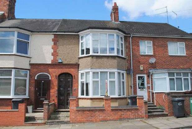3 Bedrooms Terraced House for sale in Clarence Avenue, Queens Park, Northampton NN2 6NX
