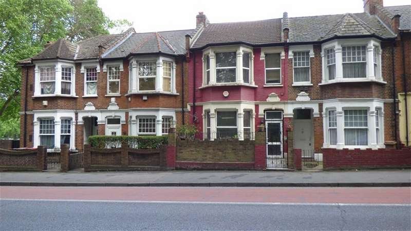 3 Bedrooms Property for sale in Lea Bridge Road, Clapton
