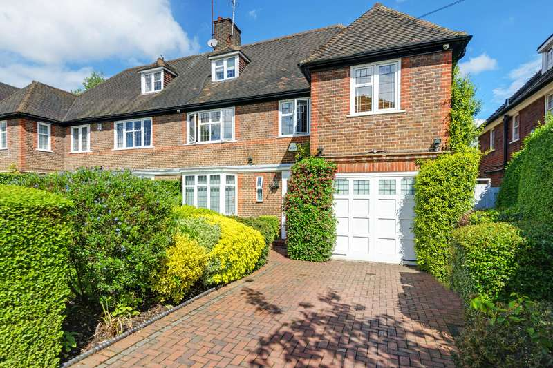 5 Bedrooms House for sale in Chalton Drive, Hampstead Garden Suburb