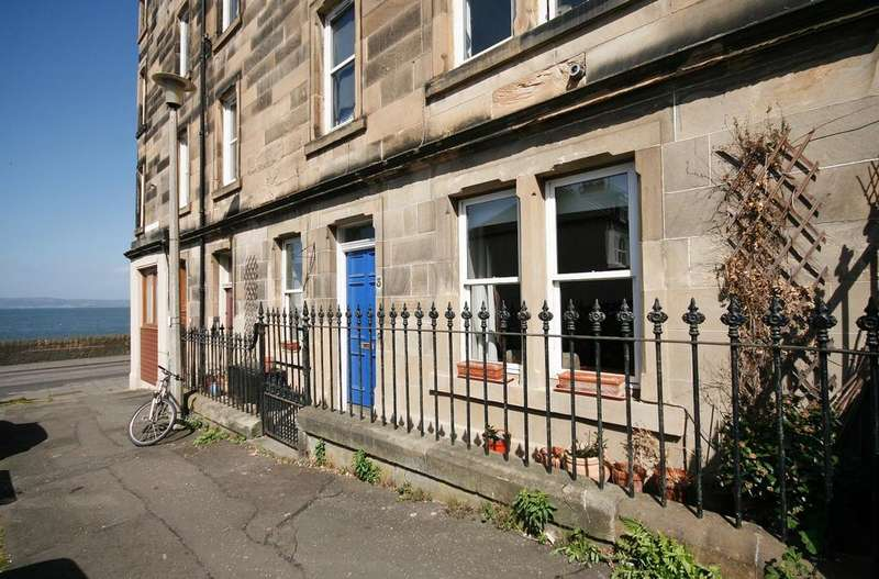 2 Bedrooms Flat for sale in 3 Laverockbank Avenue, Trinity, Edinburgh EH5 3BP