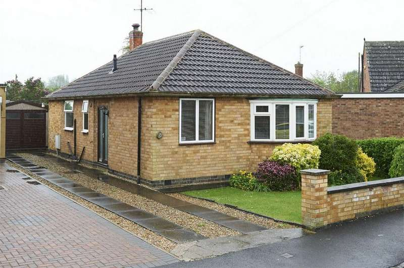 3 Bedrooms Detached Bungalow for sale in Rupert Road, Market Harborough, Leicestershire