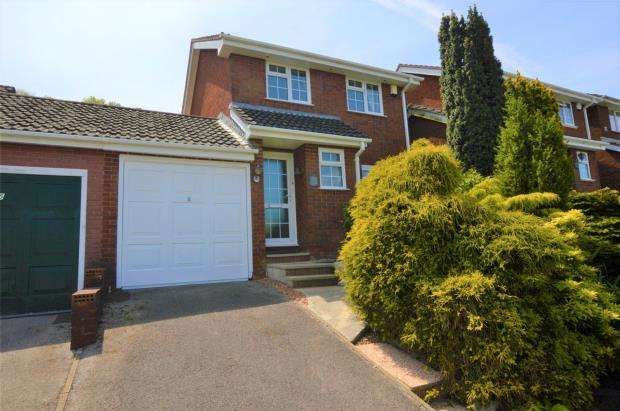 3 Bedrooms Link Detached House for sale in Amados Drive, Plymouth, Devon