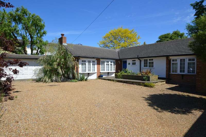 3 Bedrooms Detached Bungalow for sale in Dale Road, WALTON ON THAMES KT12