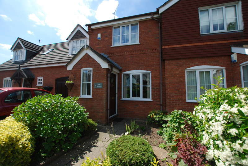 2 Bedrooms Mews House for sale in The Smithy, Flag Lane South, Upton