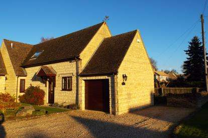 3 Bedrooms Detached House for sale in Rissington Road, Bourton-on-the-Water, Cheltenham
